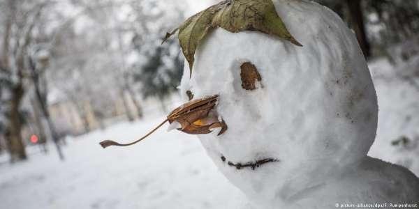 Neve traz alegria e também caos à Alemanha; veja fotos  https://t.co/VNDpZviixi