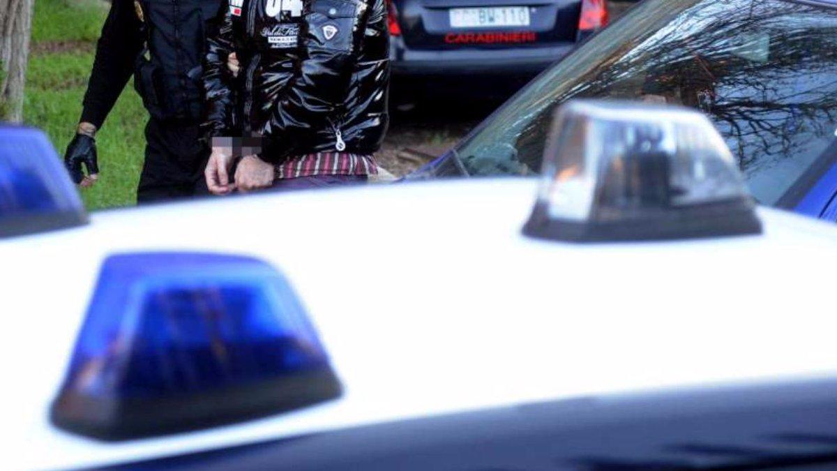'ndrangheta, blitz Dda di Reggio Calabria contro cosche: 48 arresti  #ReggioCalabria https://t.co/DHsqEWUIZL
