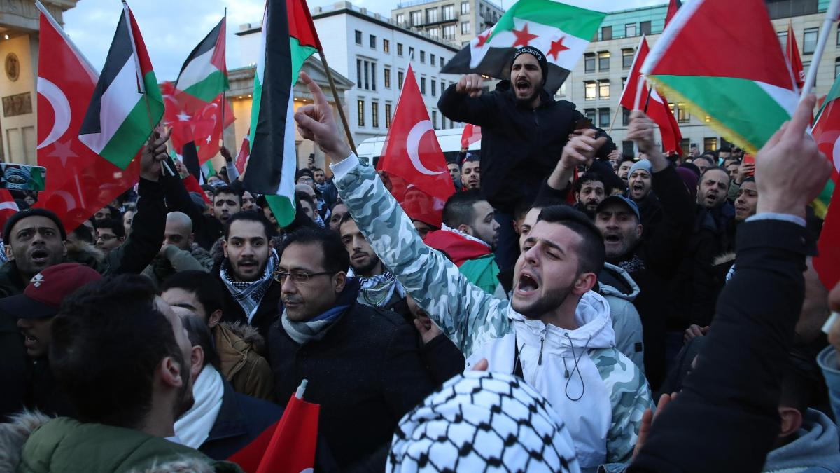 Antisemitismus in Deutschland: Der muslimische Neid auf Juden nimmt wüste Formen an https://t.co/38Sq9lVUIh
