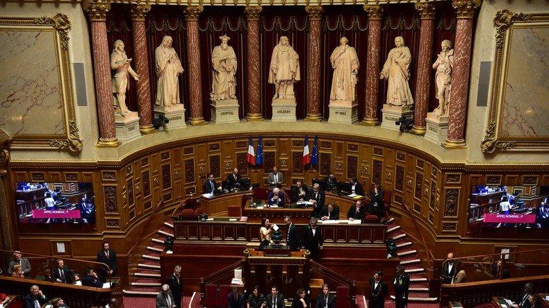 Le #Sénat 🇫🇷 fait bondir de 40% ↗️ le salaire des #maires des grandes villes ➡️ https://t.co/OaBMf1qRhM