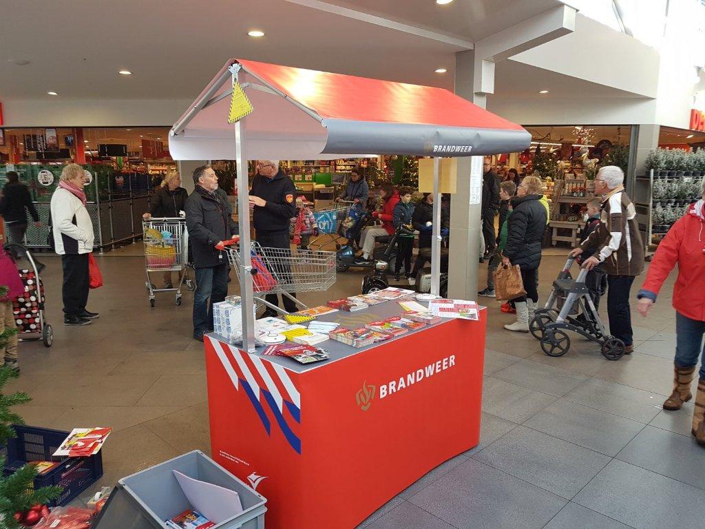 RT @pathoorn: #brandveiligleven gratis advies in winkelcentrum Koperwiekplein @vrnhn https://t.co/dN9PP1Ws1d