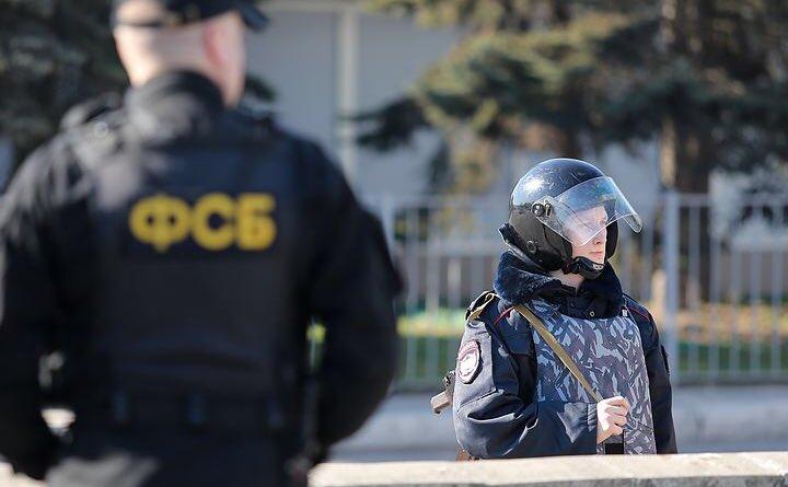 Бортников: ФСБ предотвратила теракты в Москве с участием смертников во время новогодних праздников и президентской кампании https://t.co/vJjO6NIFo7