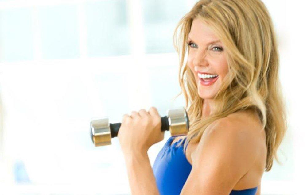 The Easiest Fitness Over 50 Magazine {Tiburon Es Rojos}