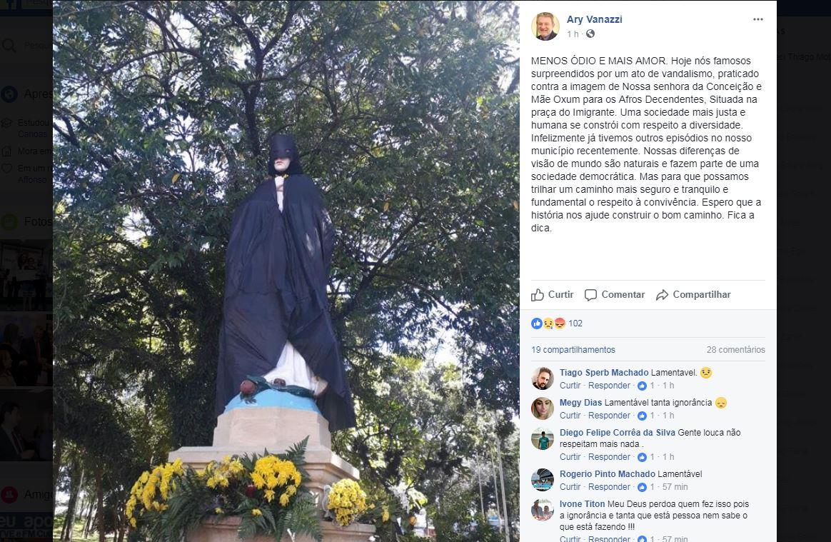 Estátua de santa padroeira aparece com capa e máscara do Batman em São Leopoldo  https://t.co/cTiFo349uH