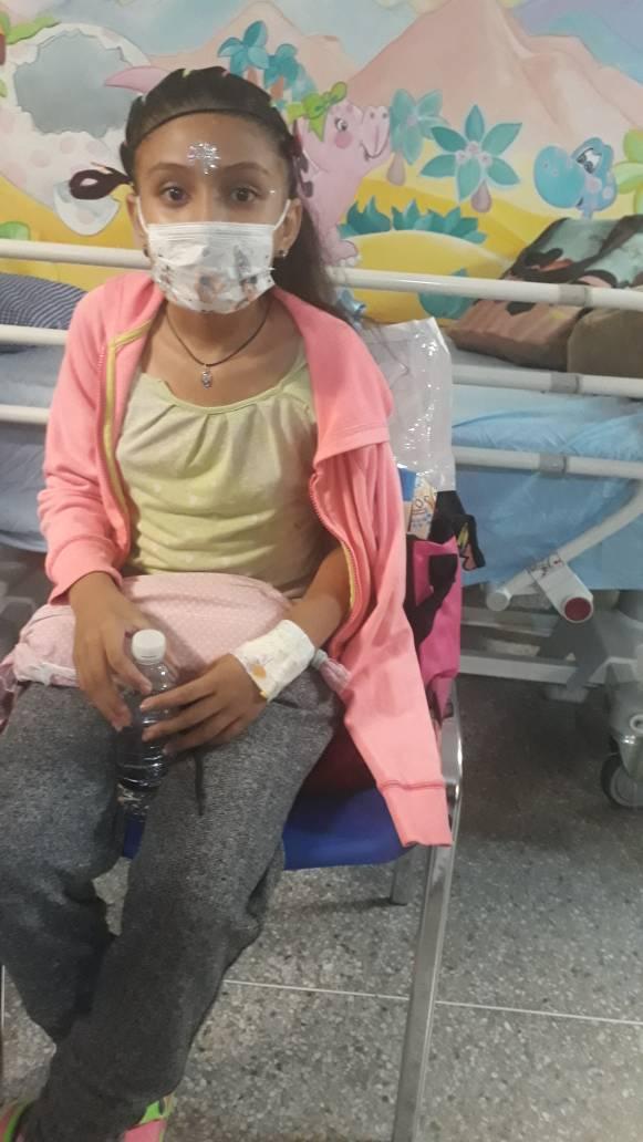 #ServicioPúblico Para niña de emergencia en el Hospital J.M de de los Ríos. Se solicita con urgencia Doxorrubiana. Ampollas de 50 mg. Asparaginasa en ampollas. 04128547488 https://t.co/LEyzZy3d0O