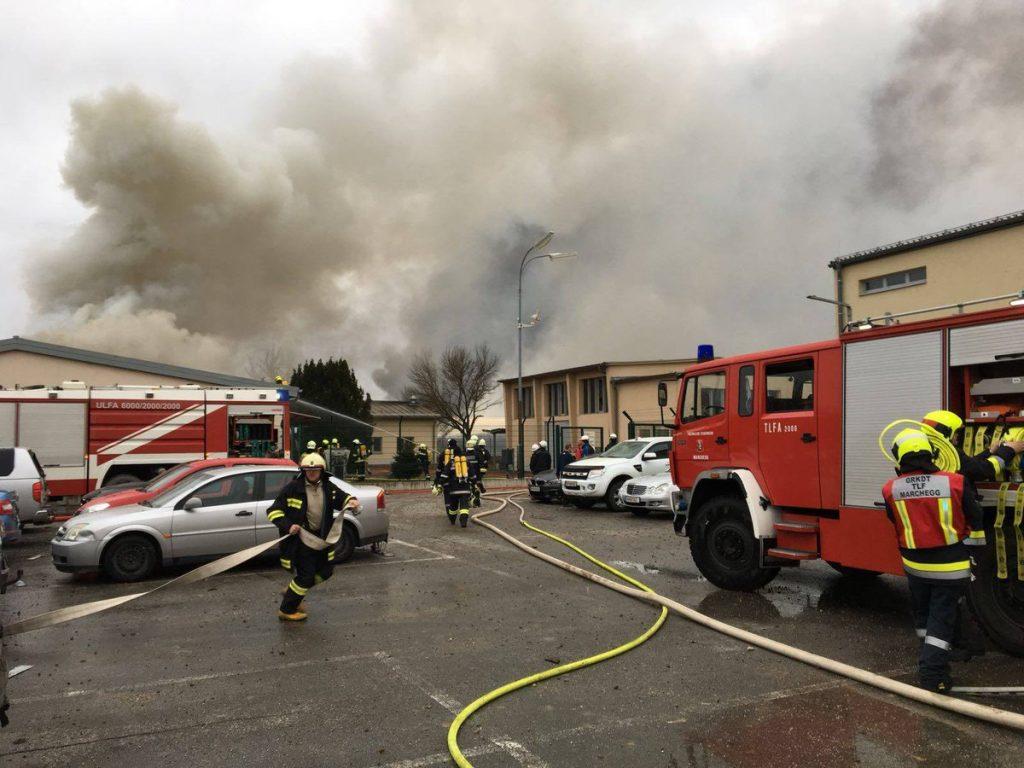 Un muerto y varios heridos en explosión de un terminal de gas en Austria https://t.co/9wL7wPUhH5. https://t.co/XXpqt6p4xy