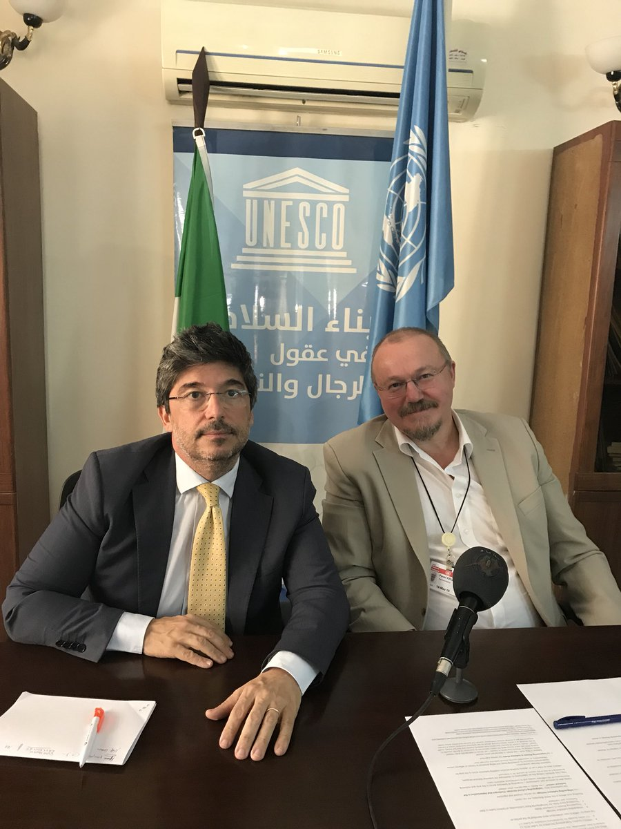 #EmbITA and @UNESCO splendid #pressconference in Khartoum. 2gether in #Sudan for #FreedomofExpression #FreedomOfThePress. widespreading #beauty in #archeology + training women in #sudanese media + #WorldRadioDay 2017/2018: a winning common #strategy