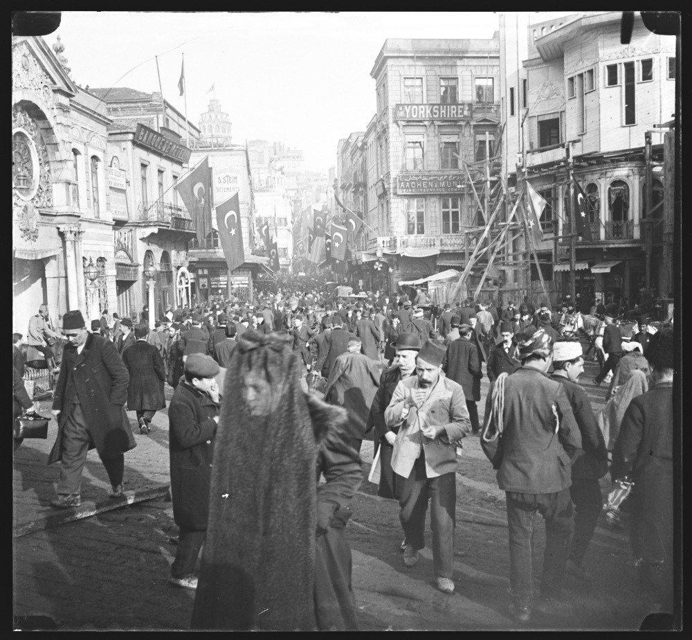 caner cangül istanbul karaköy fotoğrafları ile ilgili görsel sonucu