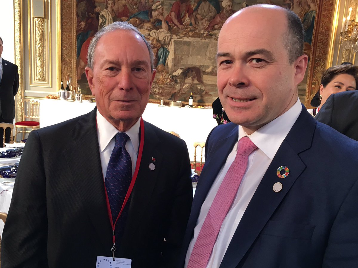 Good discussion with @MikeBloomberg on c...