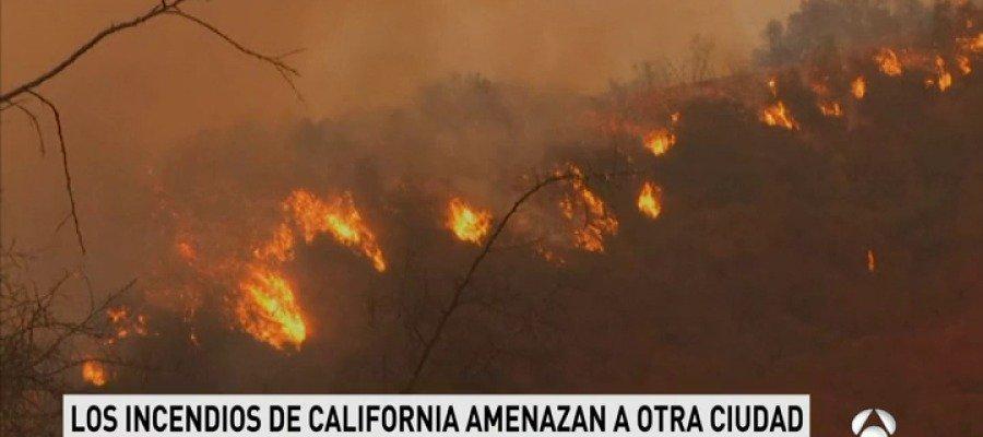 Las llamas avanzan en California y amenazan a unas 18.000 viviendas https://t.co/6HDO8Fylpo