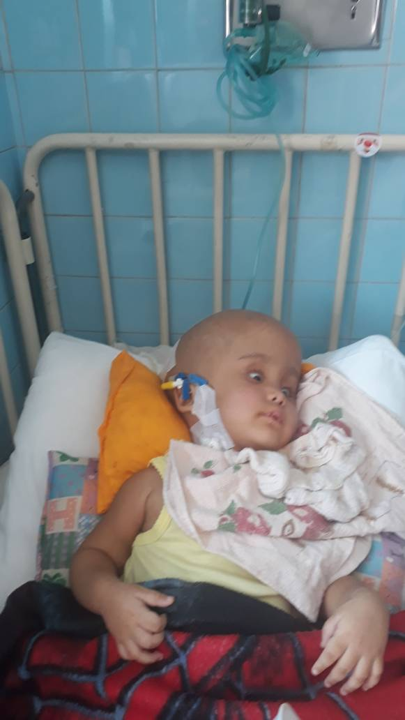 #ServicioPúblico Para niña con hidrocefalia. Emergencia en el Hospital J.M de los Ríos. Xefladoxilo y Vactro. 04140875400    https://t.co/iqyZq4YZZe