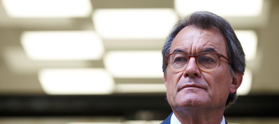 ▶ #ÚLTIMAHORA El Tribunal de Cuentas ordena embargar la casa de Artur Mas por su responsabilidad en el 9-N https://t.co/4eSgldWDuu