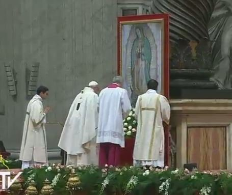 #PopeFrancis is beginning Mass for feast of Our Lady of Guadalupe at the Vatican.
