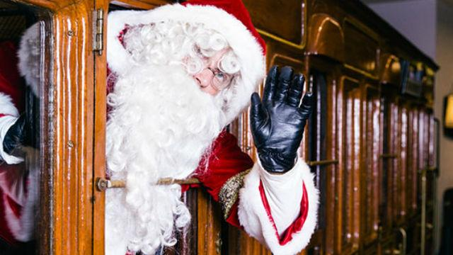 Look for Santa in one of the @ltmuseum's historic vehicles this festive season! 🚂🎅🏻 https://t.co/UrIS01qHsi #ChristmasinLondon