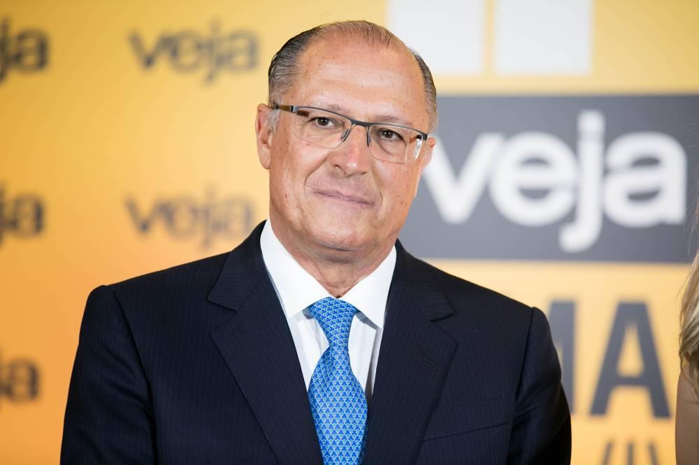 Alckmin lidera (por pouco) a intenção de voto para presidente em SP https://t.co/MJhsTWyQwD