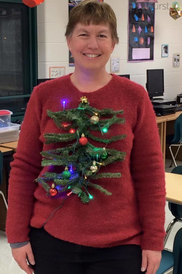 It's #nationaluglychristmassweaterday   Awesome #UglyChristmasSweater sent to us via Burst   Send us photos/video: https://t.co/VVsCOuI4pg   Your #Christmas galleries: https://t.co/r8FXfUqNdh