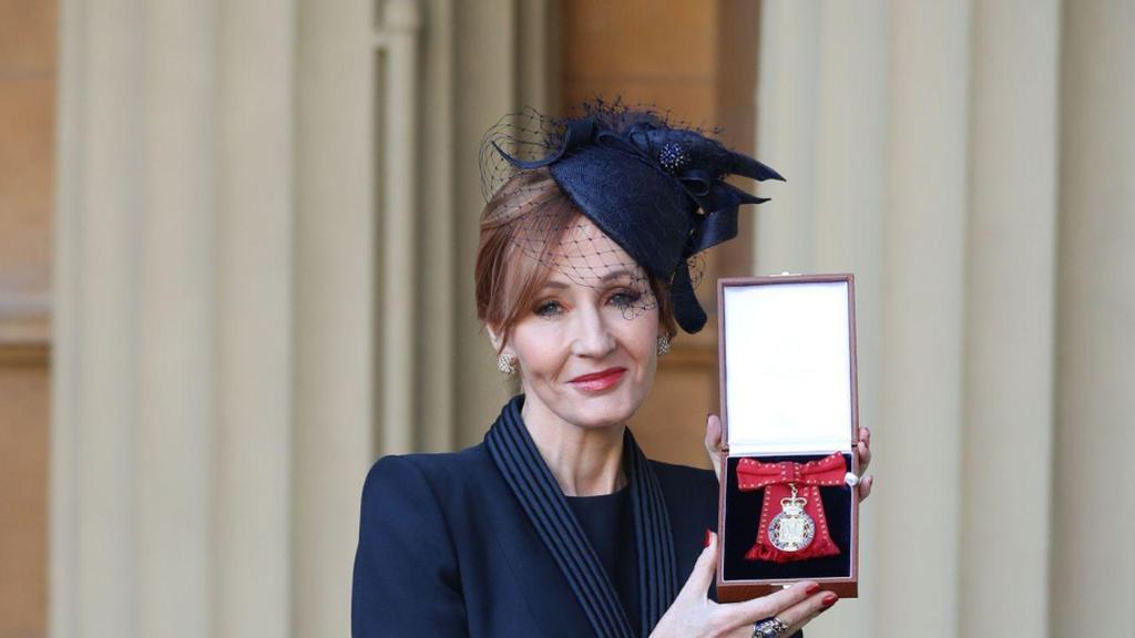 Prince William names J.K. Rowling a royal Companion of Honor! https://t.co/ubeBNyu7hs