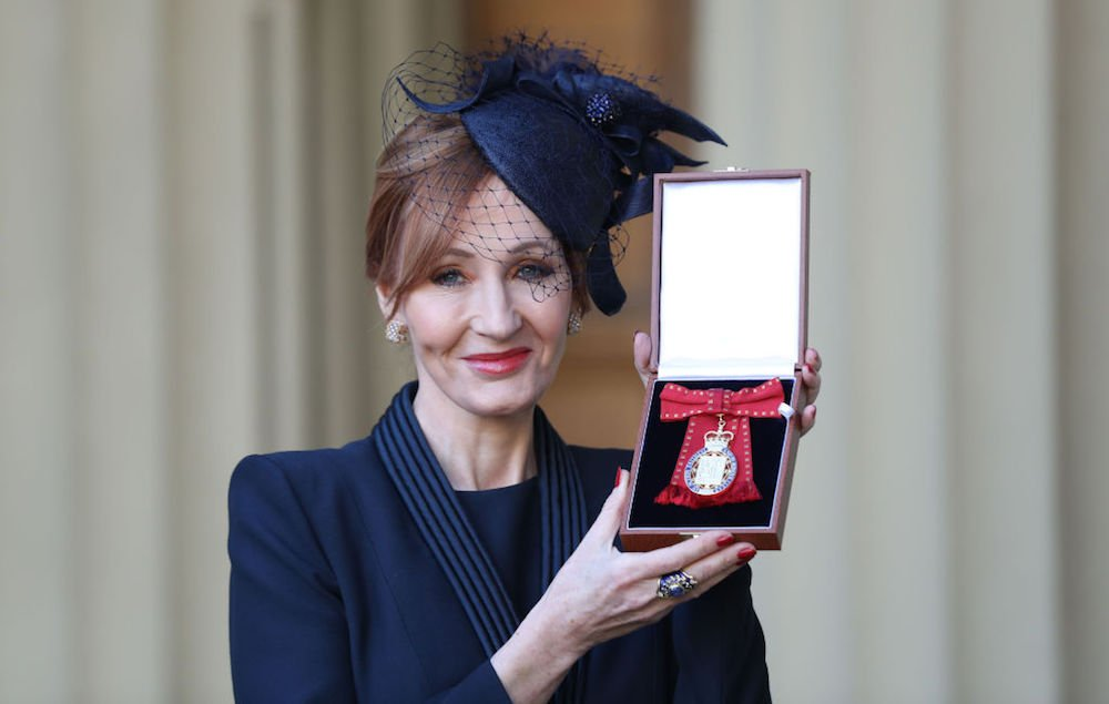 'Harry Potter' author JK Rowling made Companion of Honour https://t.co/p4xdkgnRPe https://t.co/WPPC2zziAe