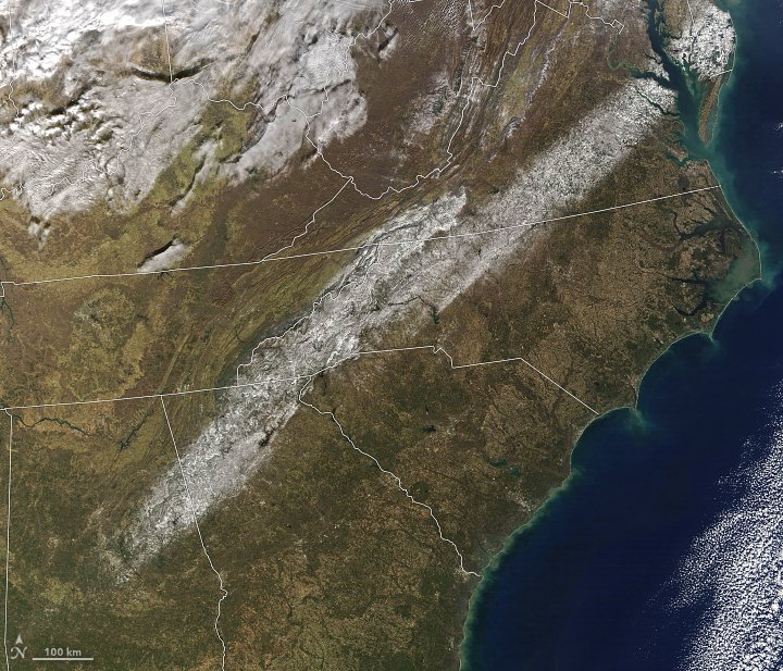 A Band of Snow in the Southeast https://t.co/2TmkPaLB8o #NASA