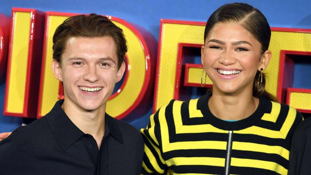 Zendaya and Tom Holland continue to quietly date despite the public denials. https://t.co/HhTkJjFPGE