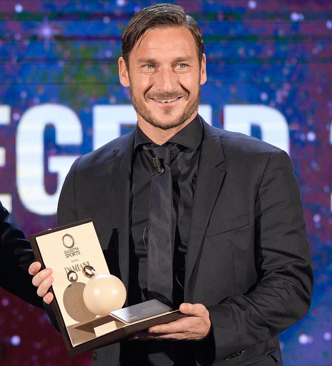 Grazie alla Gazzetta dello Sport per il premio leggenda dello sport ai #GazzettaSportsAwards
