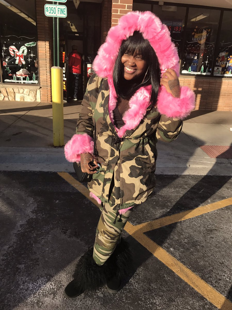 RT @CupcakKe_rapper: Camo to represent this fat camel toe https://t.co/8ldEq76JNQ