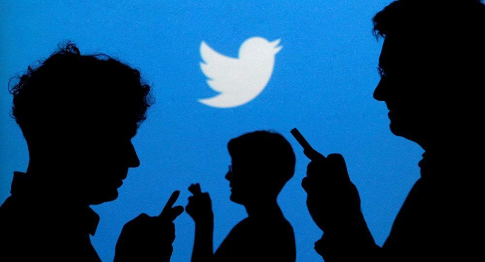 #تويتر تسمح للمستخدمين بإدماج #التغريدات...