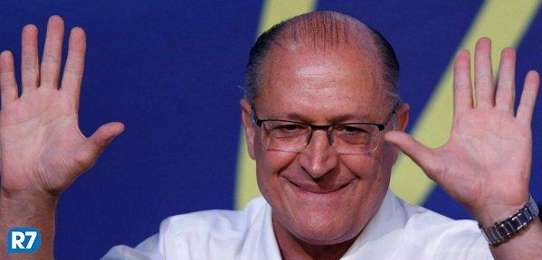 Coluna do Fraga: Alckmin lidera corrida à Presidência em São Paulo; Bolsonaro e Lula estão tecnicamente empatados https://t.co/4kXX8ooIKM