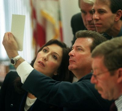 #OnThisDay in 2000, the Supreme Court issued its decision in the Bush v Gore election, throwing the victory to Bush, who had lost the popular vote btw... #HangingChads