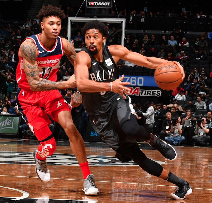 Yes, @KELLYOUBREJR was really out there with a Supreme shooting sleeve on his leg tonight. #SoleWatch