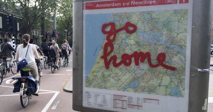 Amsterdam sube sus costos como una medid...