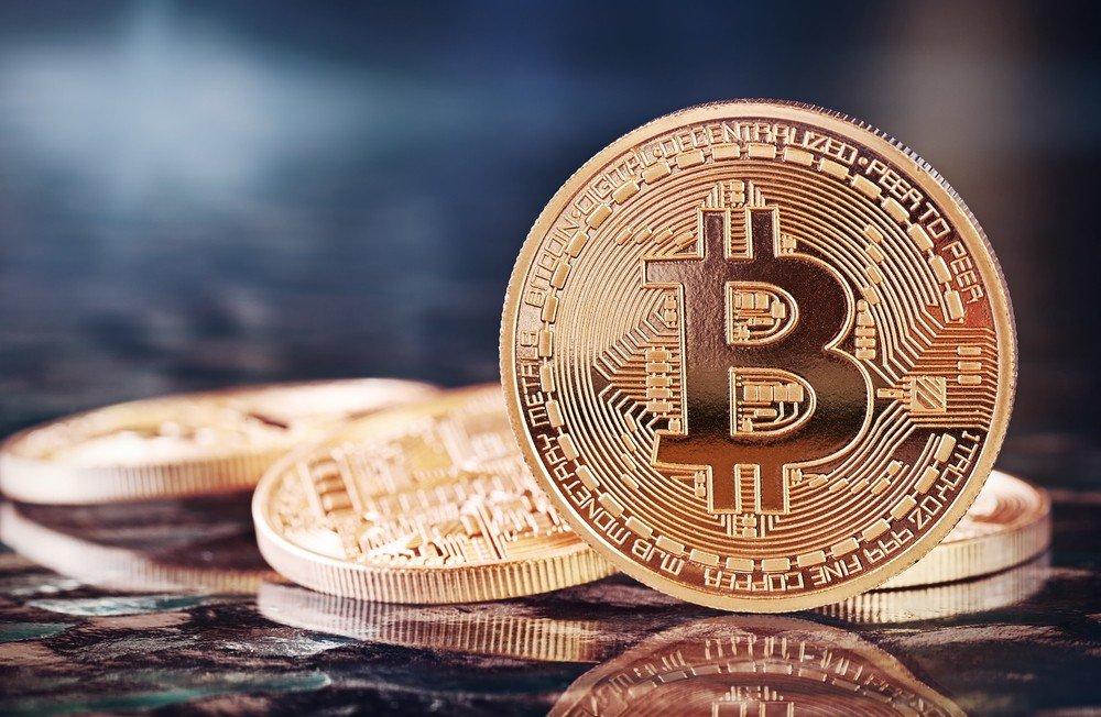 Le #bitcoin fait des débuts prometteurs en Bourse >> https://t.co/lxVoQAz2H3