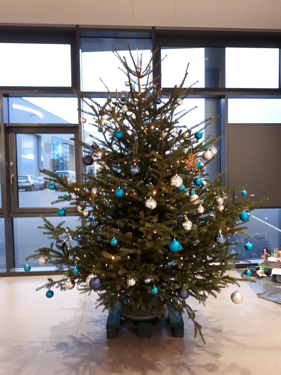 Tannenbaum Lustig.Protechnicale A Twitter Da Waren Doch Die Weihnachtswichtel Am
