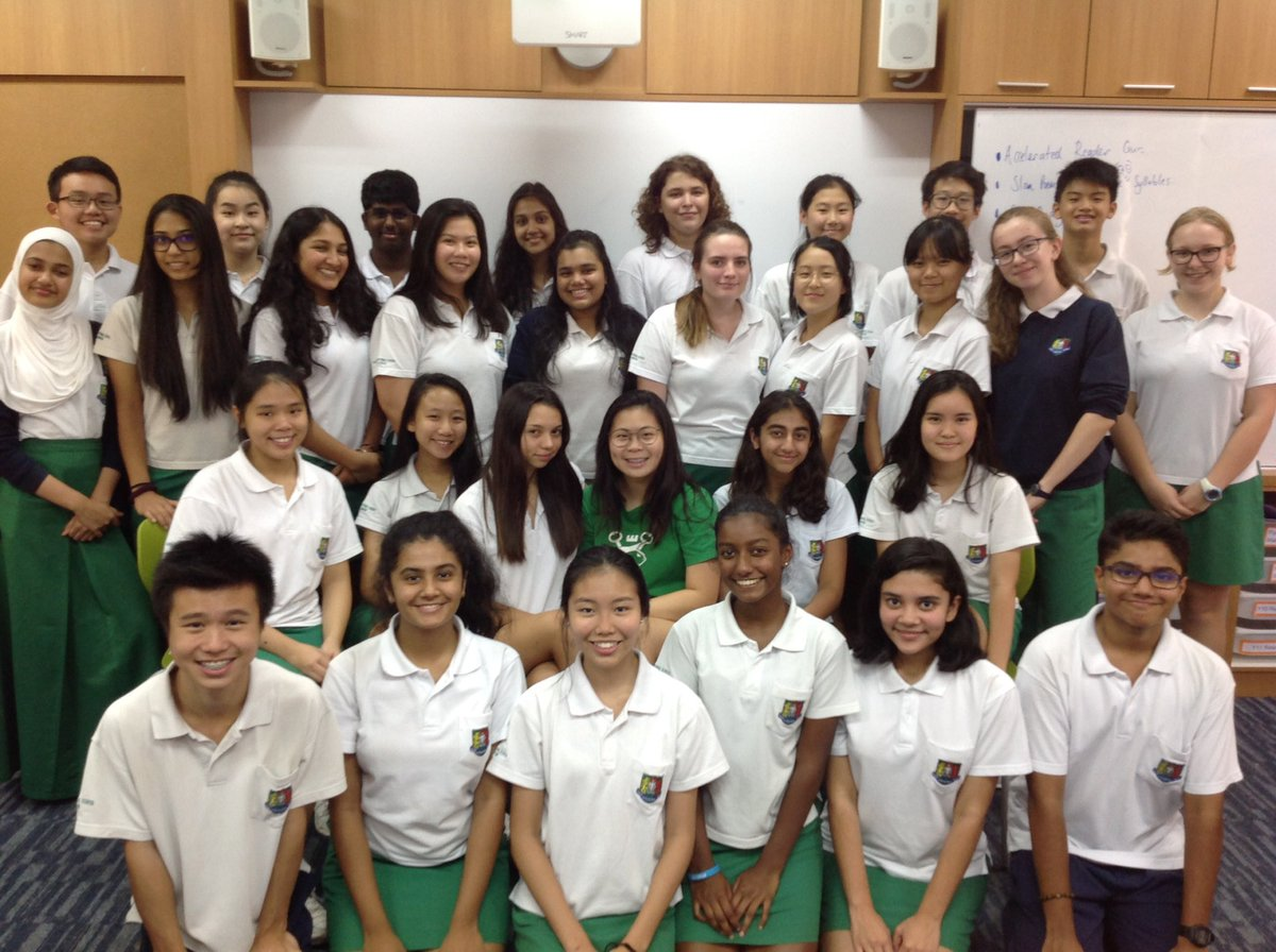 Congratulations to the year 10 #StudentLeaders on completing your first term. Watch this space for the uniform transformation in 2018!! #GISLearning <br>http://pic.twitter.com/QGM3QVrKQb