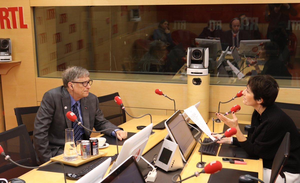 7h45 @BillGates face à @EliMartichoux dans #RTLMatin > https://t.co/r32D2Mz0mj