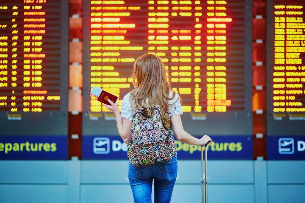 ¿Cómo sacar el pasaporte y la VISA? | Tr...
