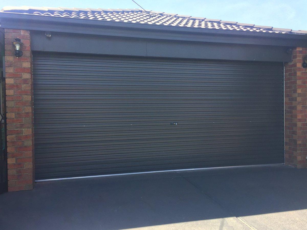 Everlift Garage Door On Twitter Monument Colorbond Roller Door