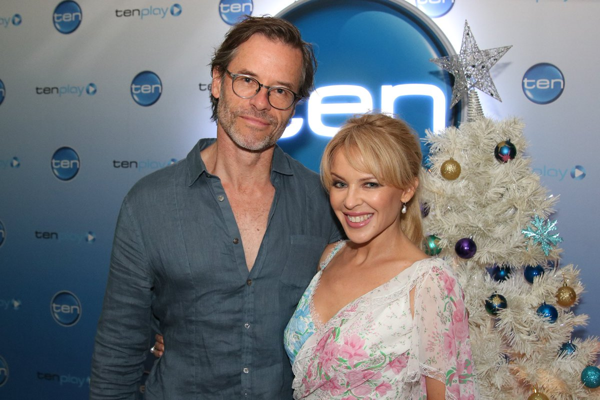No big deal, just @TheGuyPearce and @KylieMinogue in the building! #SwingingSafari #TheProjectTV https://t.co/LhushcoRVl