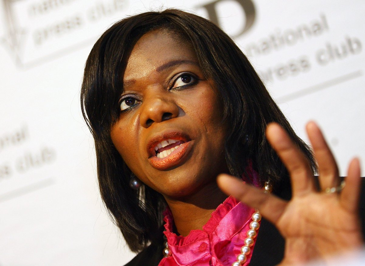 Salute this woman for opening up the rot of #StateCapture #StateCaptureJudgment @ThuliMadonsela3