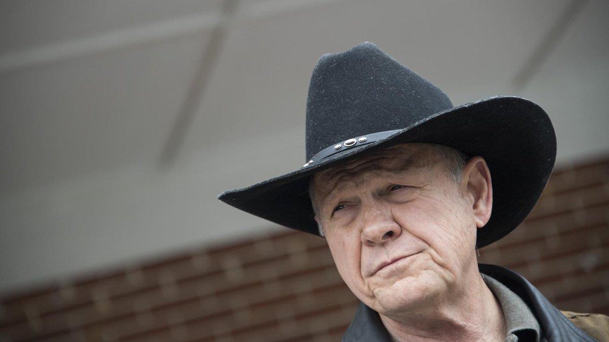 Pourquoi la défaite de Roy Moore dans l'Alabama est un revers cuisant pour Donald Trump  https://t.co/4mDUKSCA2F