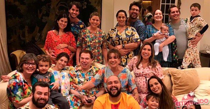 Silvio Santos reúne a família e comemora aniversário com festa do pijama: Do jeito que ele gosta https://t.co/wRwbGk52mn