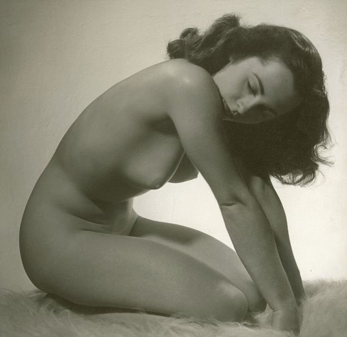 Elizabeth wong's nude photos