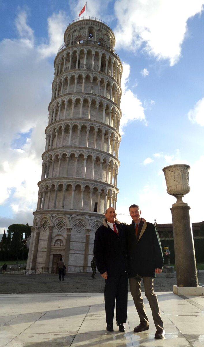 L'Ambasciatore Lewis Eisenberg con Ben Wohlauer @USCGFlorence oggi a Pisa: 'Per me è la prima volta in questa meravigliosa città!' #AmbEisenberg #Amb100Giorni #Insieme200