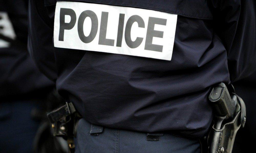 Aube: un homme en fuite après avoir poignardé sa compagne enceinte https://t.co/n5RQez8VjC