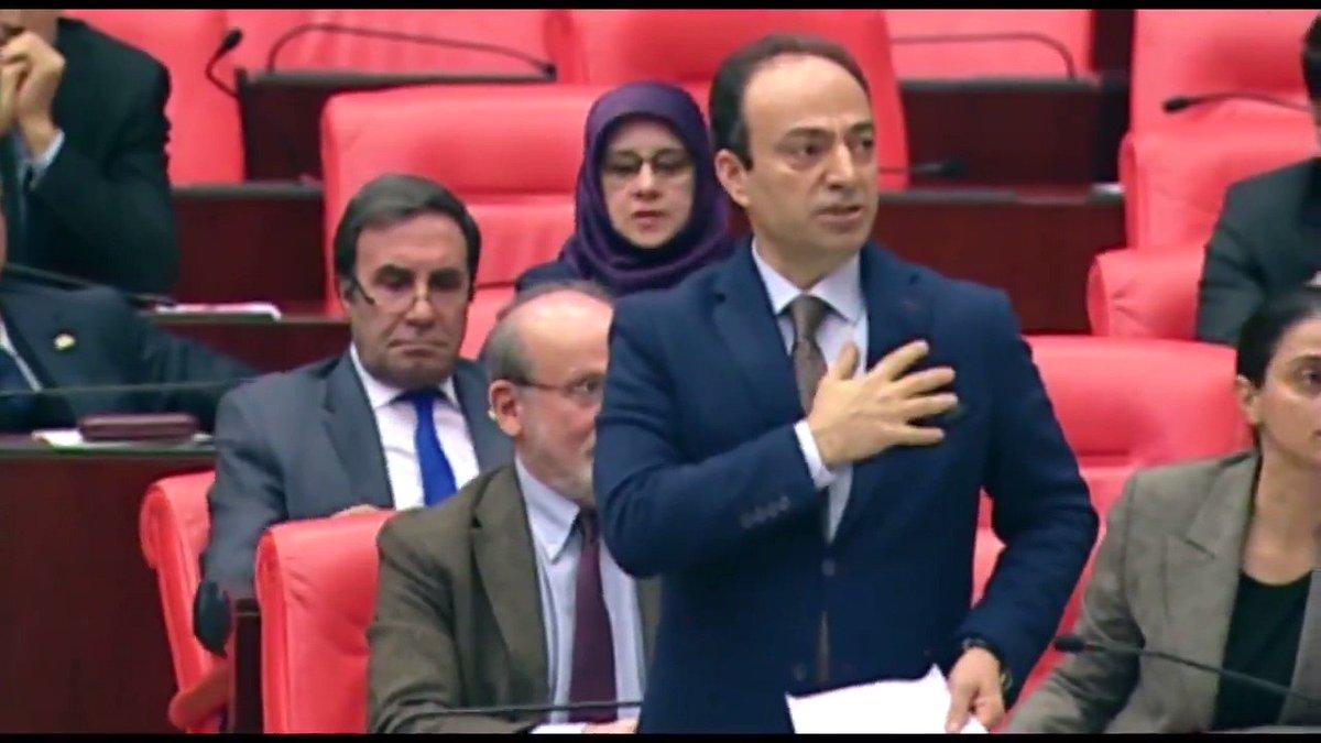 RT @HDPgenelmerkezi: Baydemir, 'Kürdistan neresi?' diye soran Meclis Başkanvekiline Kürdistan'ın yerini gösterdi. https://t.co/AxVNHG4O6O