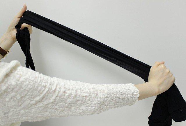 【裏技】タイツを履きやすくする方法、「ウエストとつま先を思い切り伸ばす」 https://t.co/9xb8nRrqac  老舗企業の福助が伝授。同社の広報によると、色ムラが目立ちやすい薄手のタイツは特に伸ばして履くことを勧めているという。