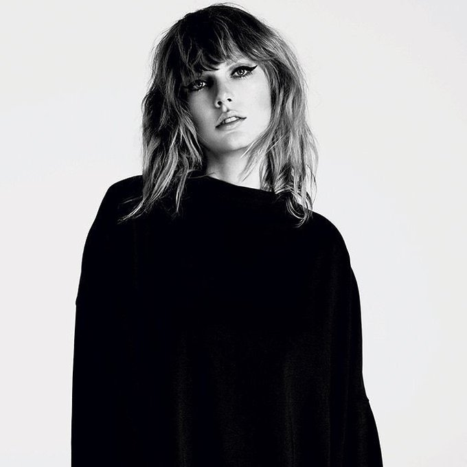 HAPPY BIRTHDAY TAYLOR SWIFT!!!!!! LOVE YOU SO MUCH!!!!