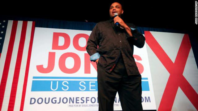 Charles Barkley on Doug Jones' victory in Alabama: This is 'a wake-up call for Democrats... 'It's time for them to get off their ass and start making life better for black folks and people who are poor.' https://t.co/AdcHz4Ui6I