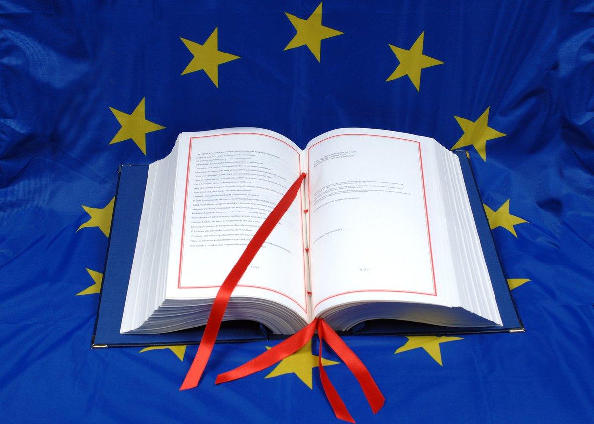Hoy hace 10 años de la firma del Tratado de Lisboa. Y todavía hoy ofrece un gran potencial a la UE en política exterior, defensa, fiscalidad o energía.  ➡️https://t.co/m25lqvdlUR