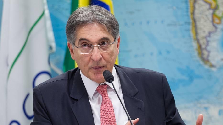 No Planalto, governador Fernando Pimentel, do PT, elogia resistência de Temer: 'Foi bom para a democracia'' https://t.co/biqAhdHvdu - via @colunadoestadao